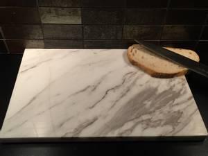 Bilde av Bakeplate/skjærebrett i Ariston marmor,  30*30